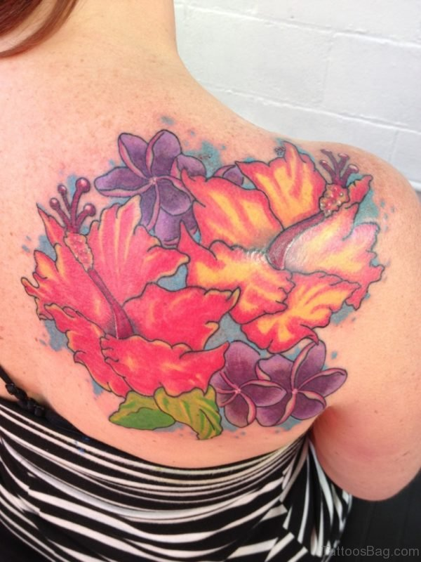Amazing Colorful Tattoo On Right Shoulder