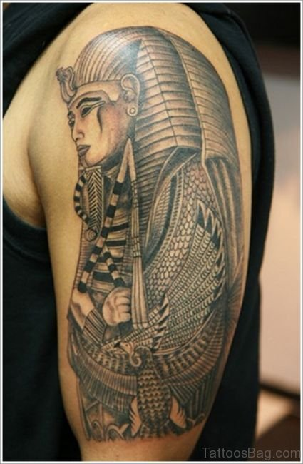 Amazing Egyptian Tattoo On Shoulder