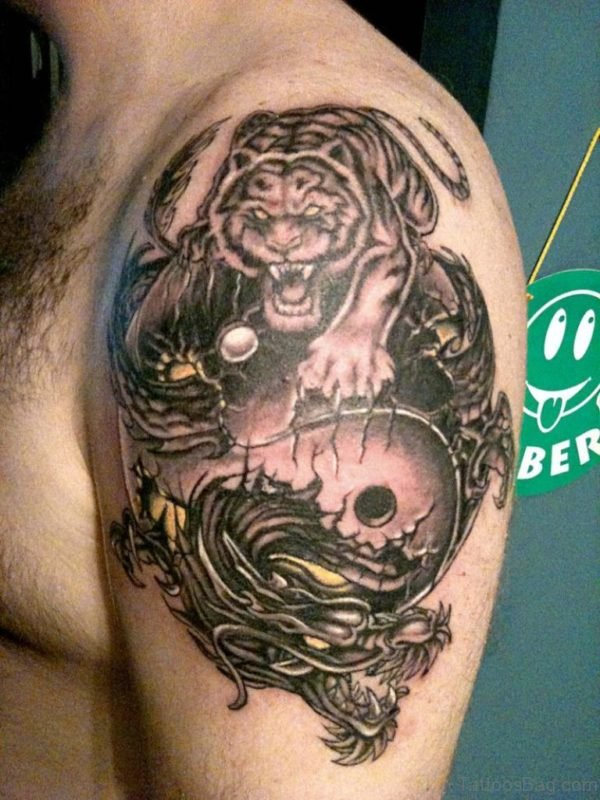 Amazing Yin Yang Shoulder Tattoo