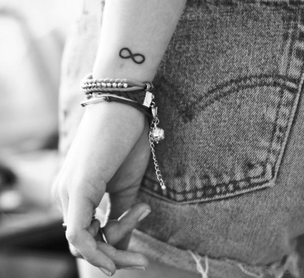 Attractive Infinity Sign Tattoo
