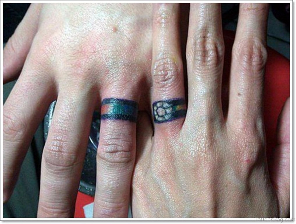 20 Beautiful Wedding Ring Tattoos For Finger