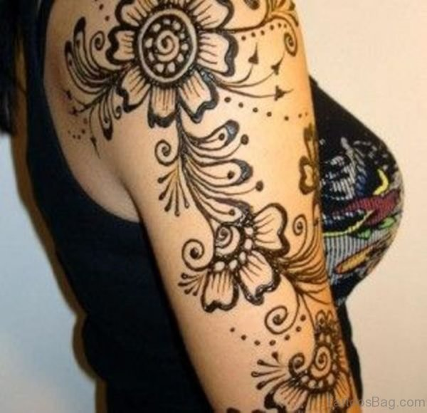 Beautiful Henna Design Tattoo On Shoulder To Bottom