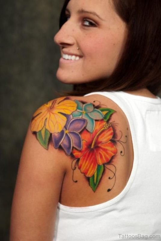 Beautiful Shoulder Flowers Tattoo