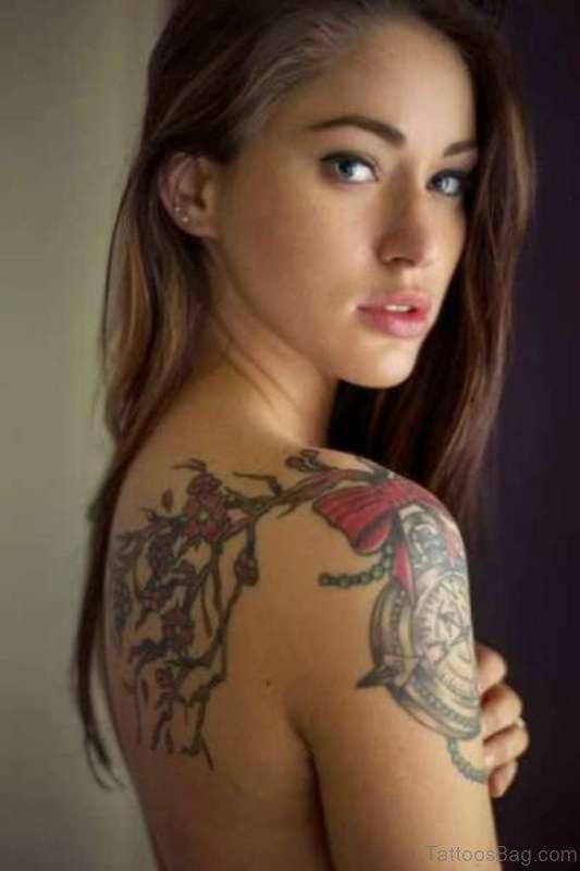 Beautiful Shoulder Tattoo Design For Women
