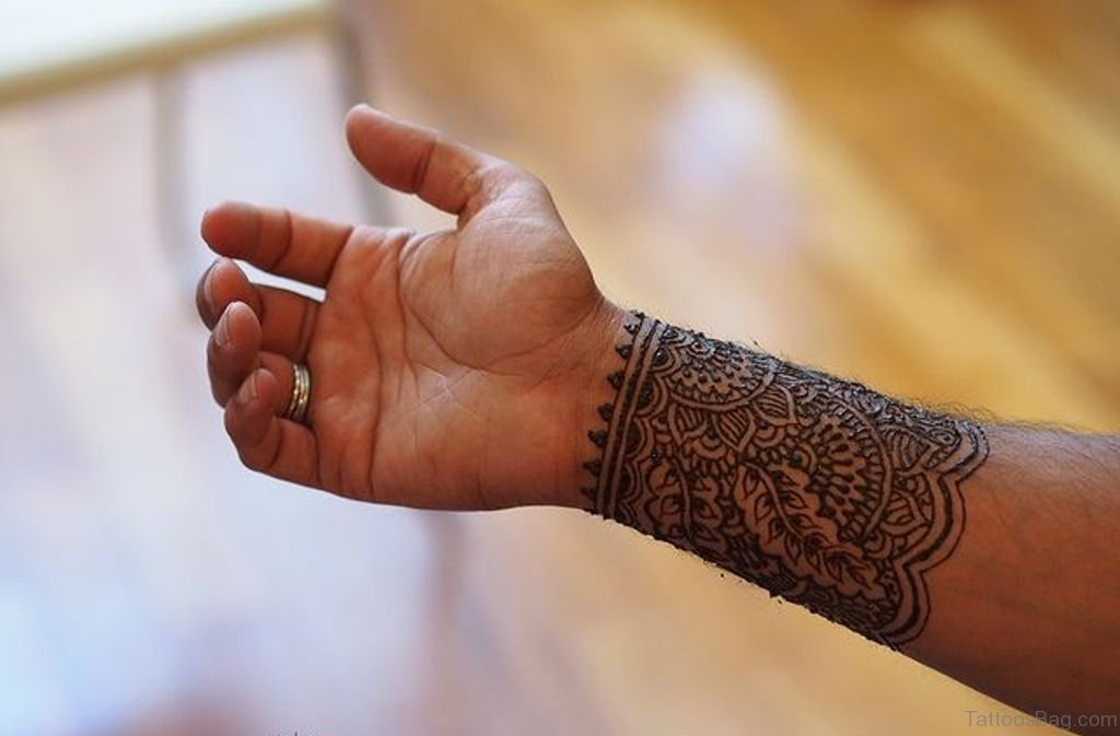82 Cool Wrist Tattoos For Men