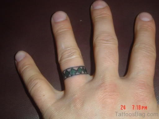 Celtic Knot Tattoo On Finger