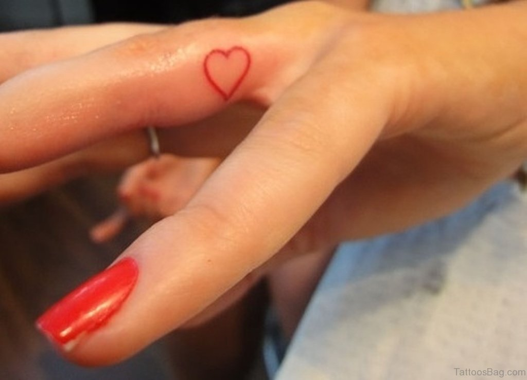 91 Delightful Heart Tattoos For Fingers