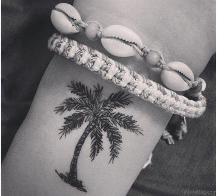 1e48527e7 77 Coolest Tree Tattoos For Wrist