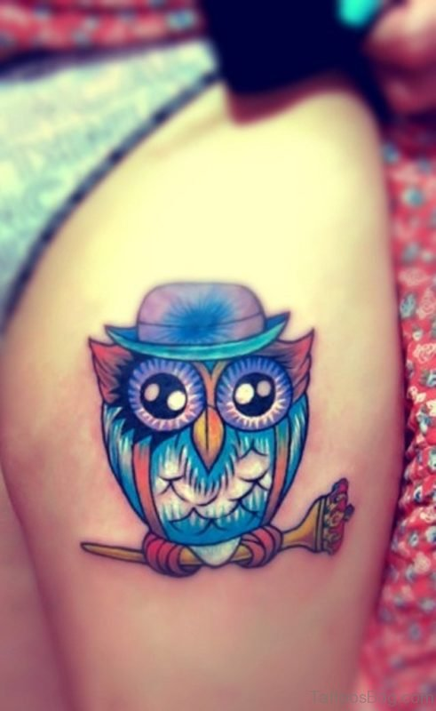 Cute Owl With Hat Tattoo On Thigh