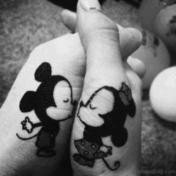 Disney Characters Tattoo On Fingers