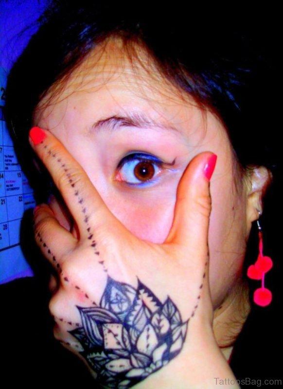 Dots Tattoo On Finger