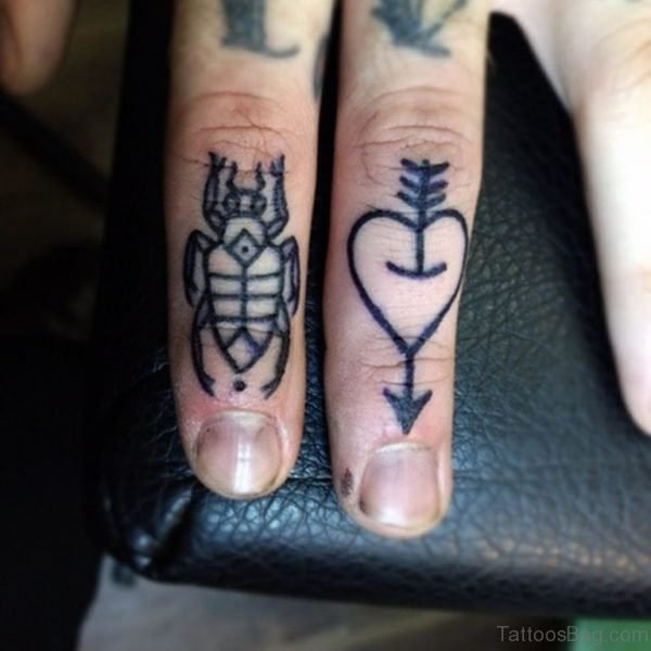 Elegant Finger Tattoo