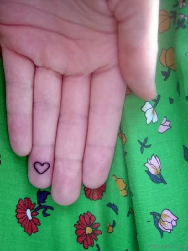Elegant Heart Tattoo On Finger