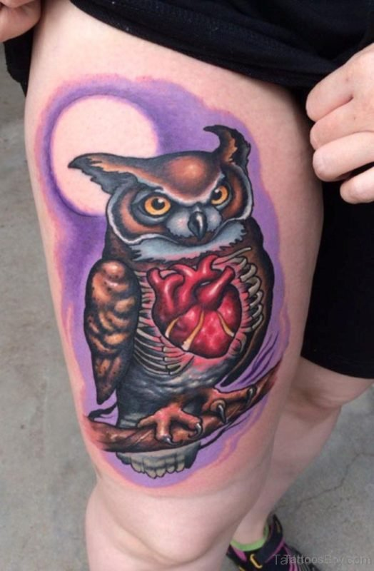 Fine Owl Tattoo On Thigh