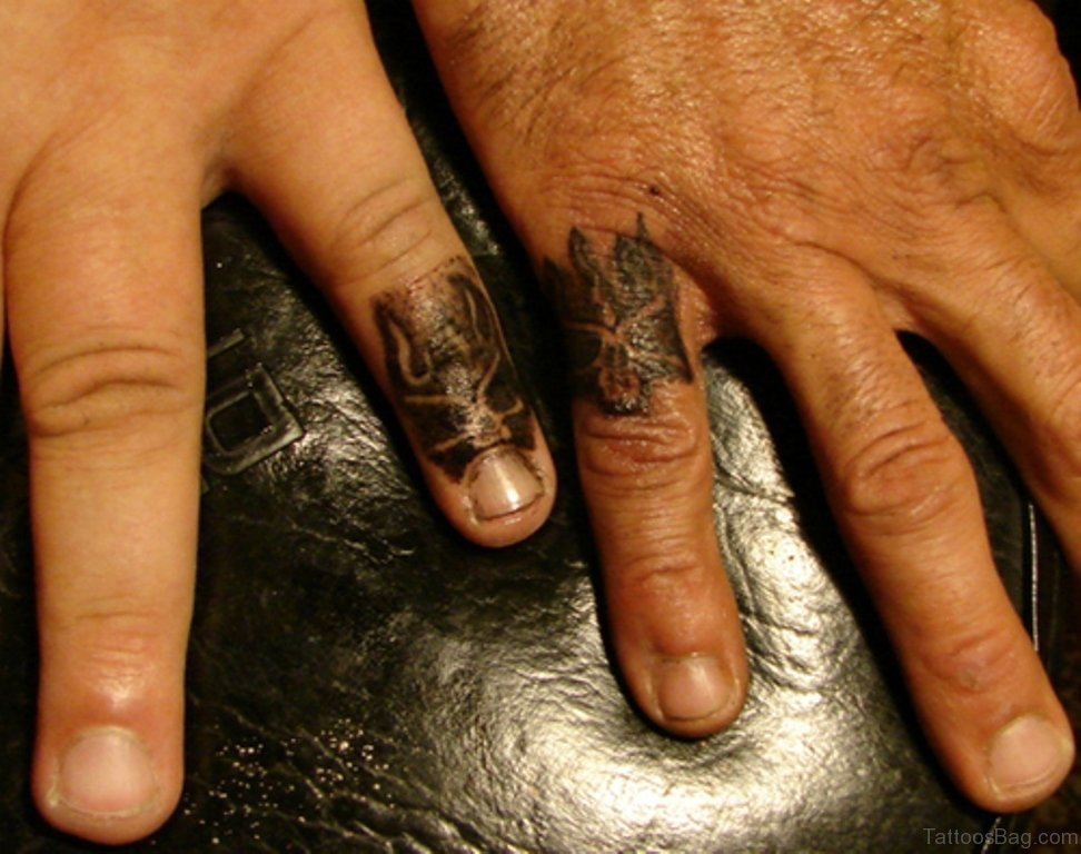 2ea55dc8a 36 Adorable Fingers Tattoos For Best Friends
