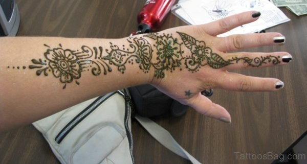 Awesome Henna Flower Tattoo