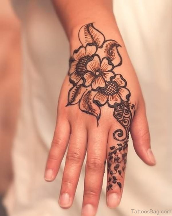 Henna Flower Tattoo For Young Girls
