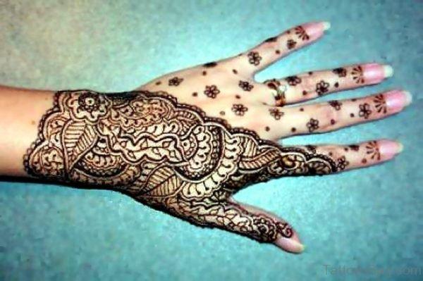 Henna Tattoo Design On Finger