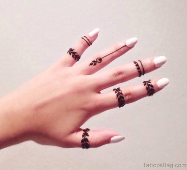 Henna Tattoo On Finger