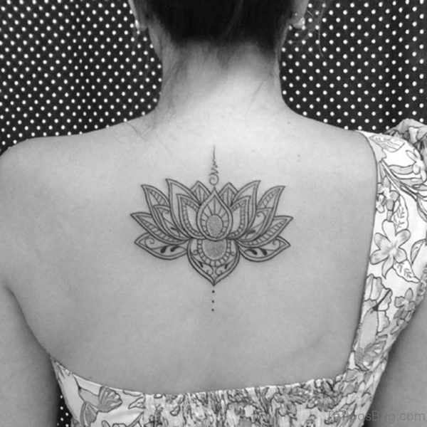 89 Superb Flowers Tattoos On Back