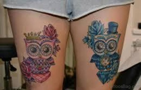 Lovely Color Owl Tattoo On Thigh