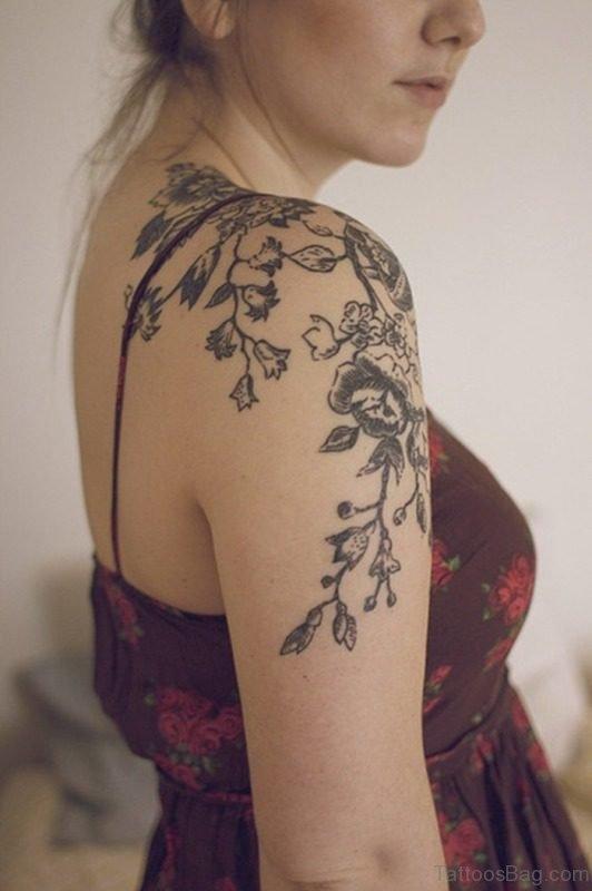 Lovely Shoulder Tattoo For Lovely Women