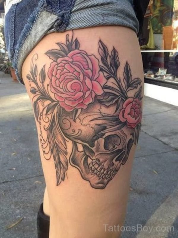Rose And Skull Tattoo Design On Thigh