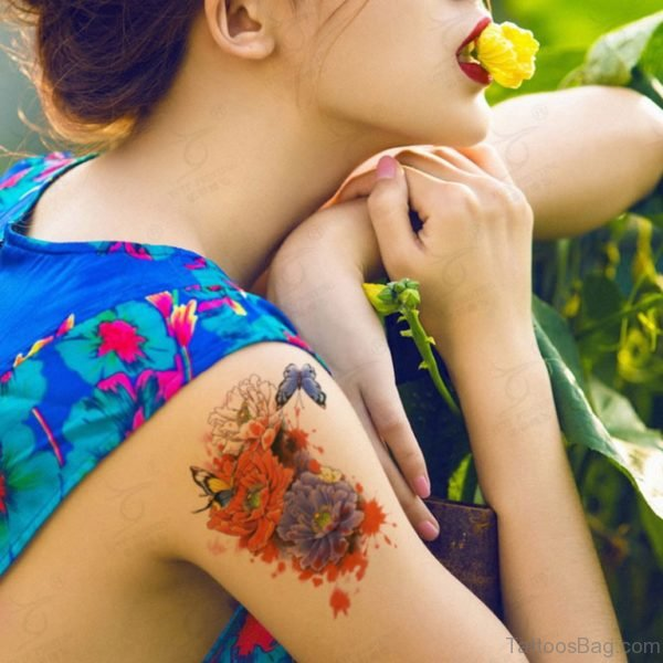 Stunning Vintage Red Flower Shoulder Tattoo