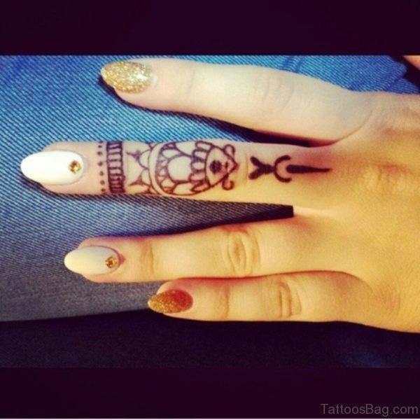 Stylish Finger Tattoo