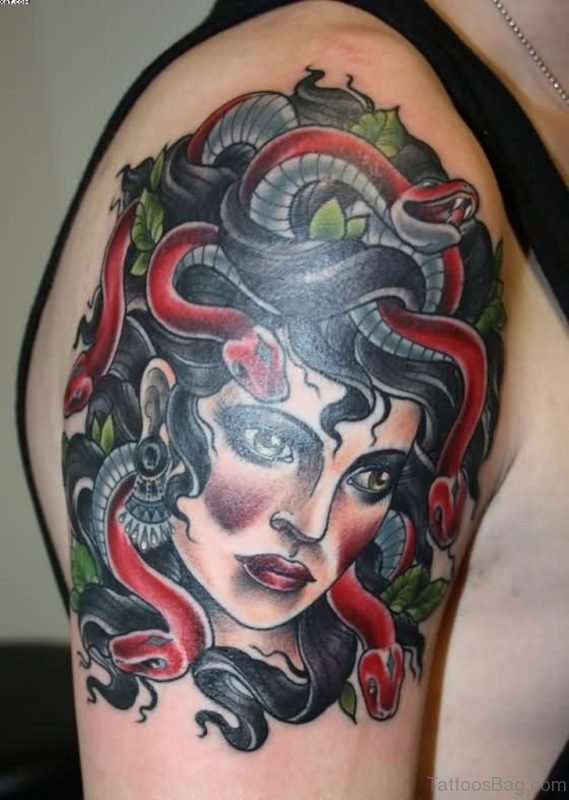 Superb Medusa Head Tattoo On Shoulder