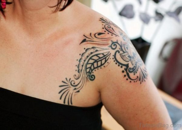 Sweet Henna Tattoo On Front Shoulder