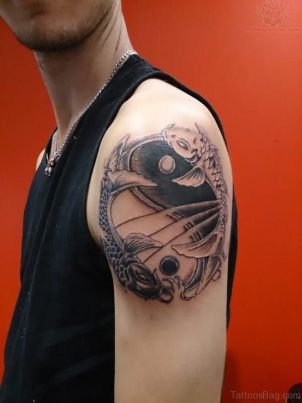 Wonderful Yin Yang Shoulder Tattoo Design