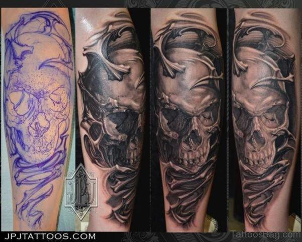 Alien Skull Tattoo On Leg Image