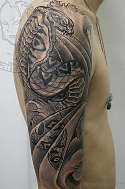 Amazing Dragon Tattoo On Shoulder