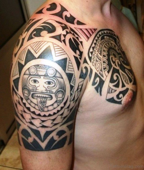 Amazing Maori Tattoo Design On Right Shoulder