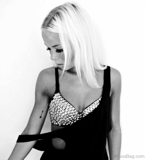 Arrow Tattoo On Girls Right Arm