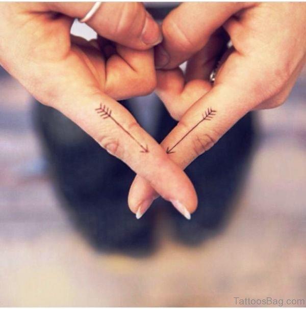 Arrows Tattoos On Fingers