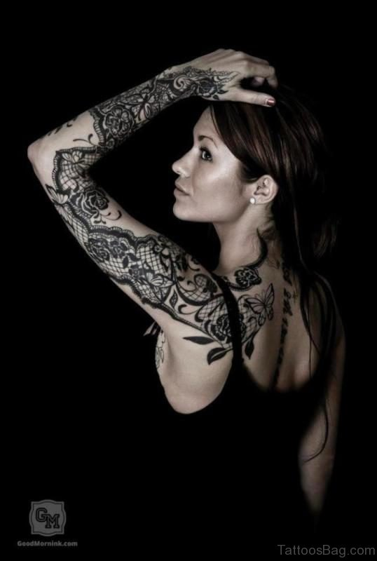 Attractive Lace Shoulder Tattoo