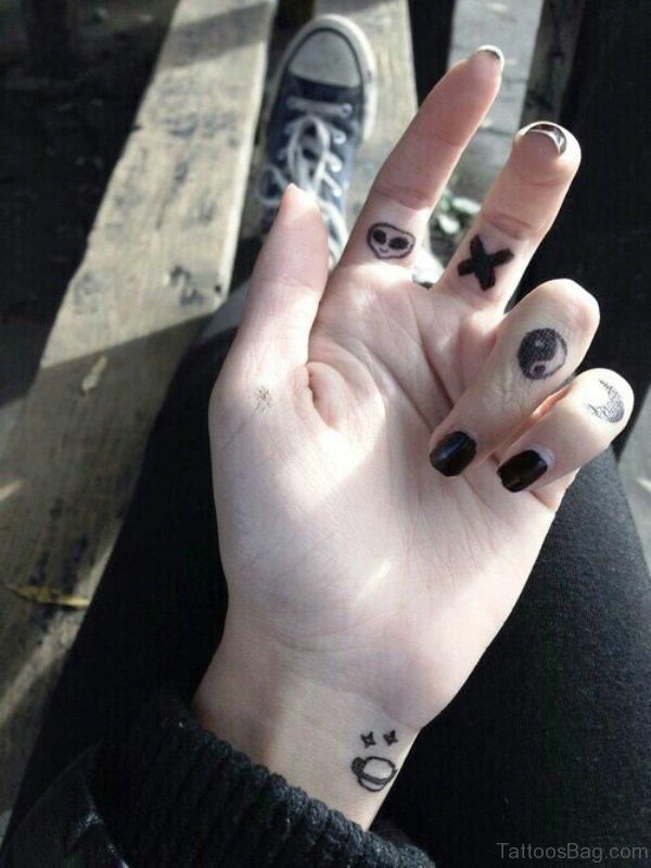 Attractive Moon Tattoo On Little Finger