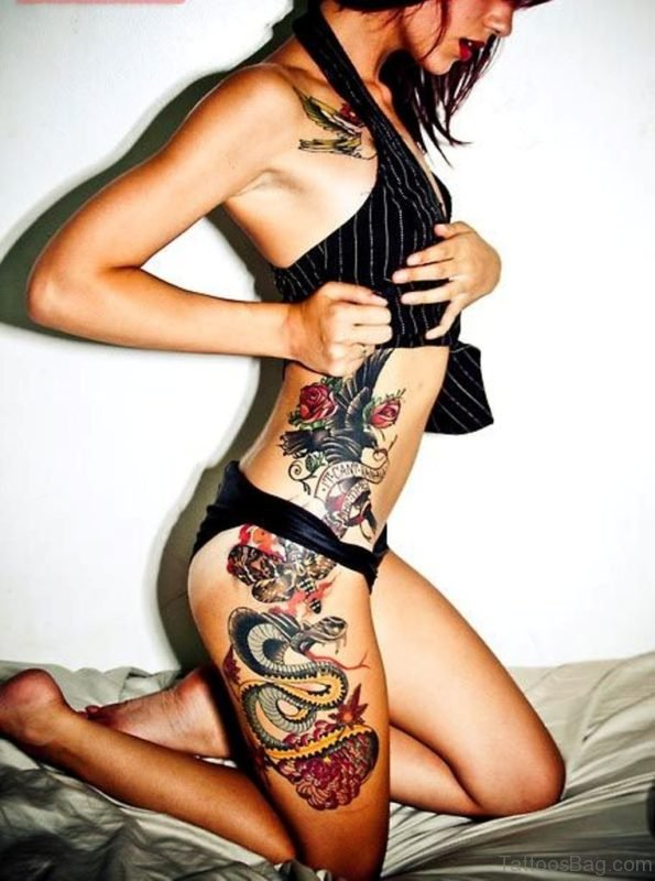 Awesome Dragon Tattoo On Thigh
