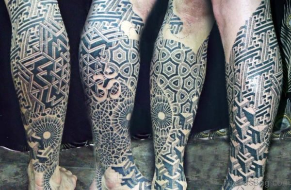 Awesome Geometric Tattoo On Leg