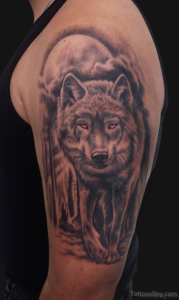 50 amazing wolf tattoos for shoulder. Black Bedroom Furniture Sets. Home Design Ideas
