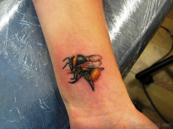 Beautiful Bee Tattoo On Wrist