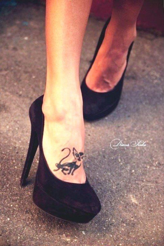 Beautiful Cat Tattoo On Foot