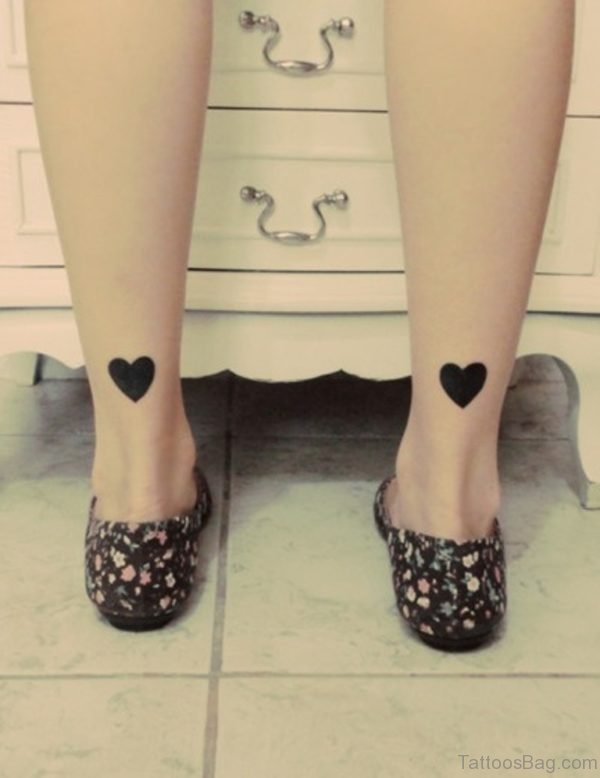 Black Heart Tattoo Design On Leg