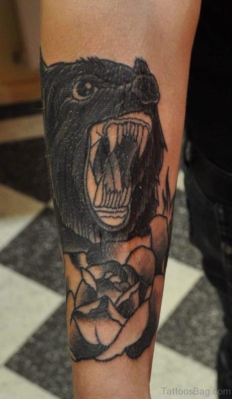 Black Wolf Tattoo On Leg