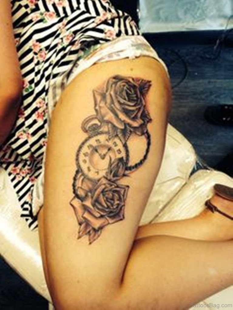 Old Fashioned Clock With Roses Tattoo