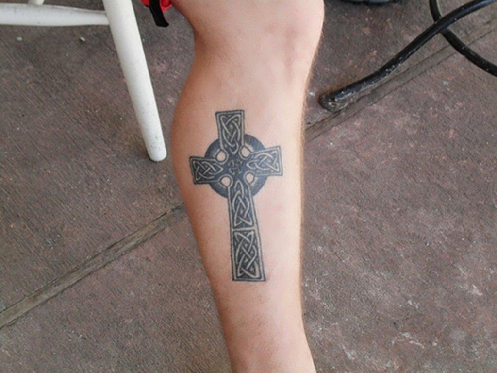 f06364811 55 Antic Cross Tattoos For Leg