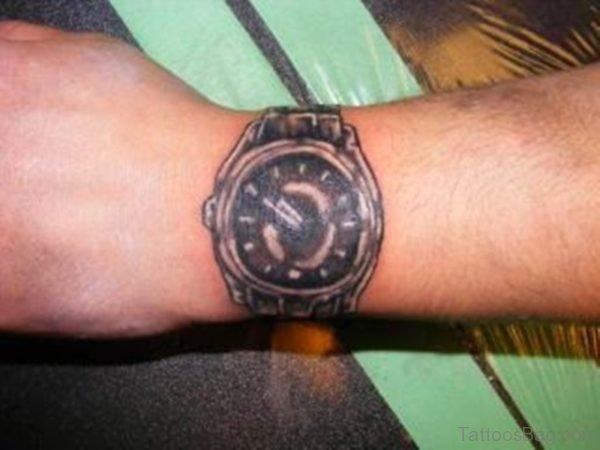 Cute Clock Tattoo On Wrist