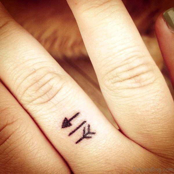 Cute Small Arrow Tattoo On Finger